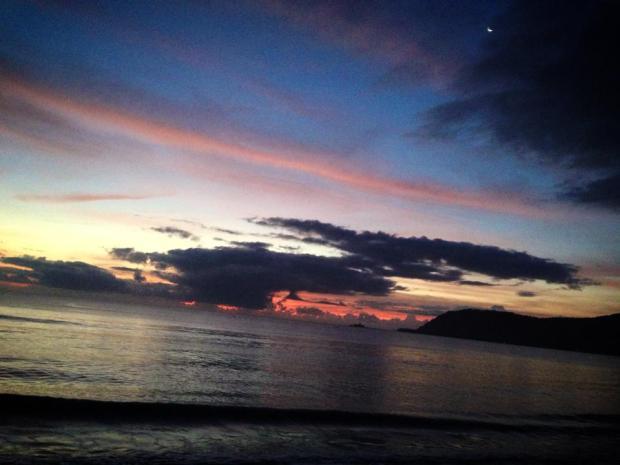 Morning Rush in Sabang, Baler Aurora