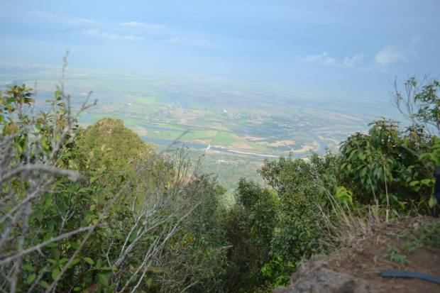LUSCIOUS GREEN OF SOUTH PEAK, MT ARAYAT